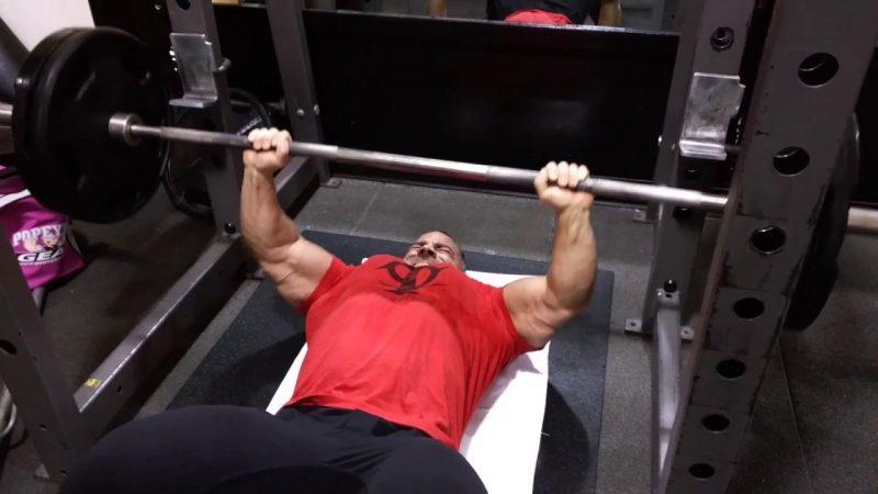 Floor Press Vs Bench Press — Как использовать эти тренировки для увеличения мышечной массы