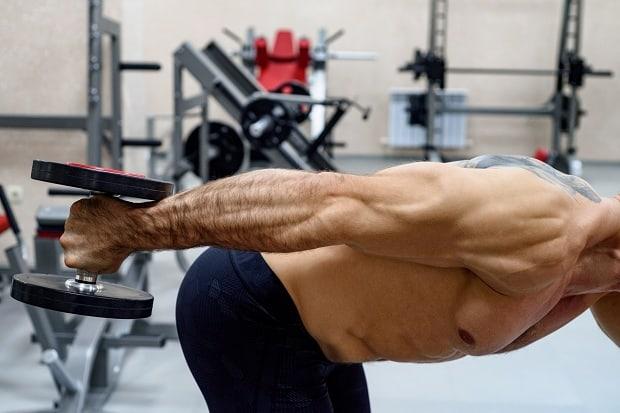 Лучшие тренировки трицепсов, которые тренируют все три головы трицепсов